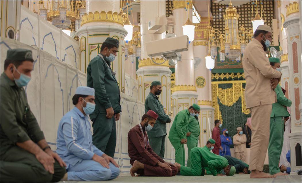 استعدادات لاستقبال قاصدات المسجد النبوى لتأديتهم المناسك  (3)