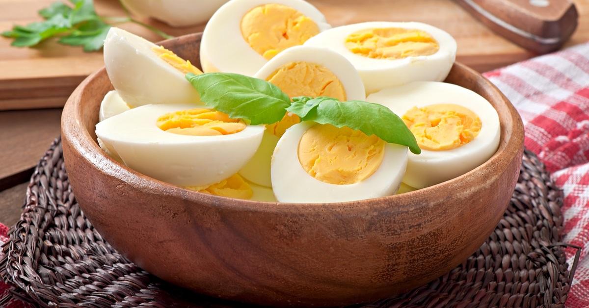 ساندوتش بيض يحتوى على الكالسيوم و <a href='/tags/94017-%D9%81%D9%8A%D8%AA%D8%A7%D9%85%D9%8A%D9%86-%D8%AF'>فيتامين د</a>