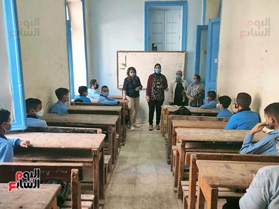 مدارس-المحافظات-تنتظم-فى-أول-أيام-العام-الدراسى-الجديد-(5)