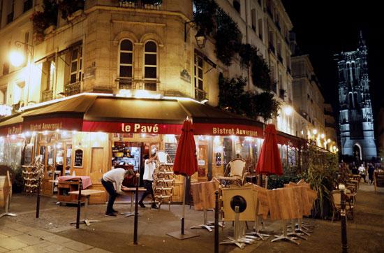 إجراءات حظر التجوال فى فرنسا