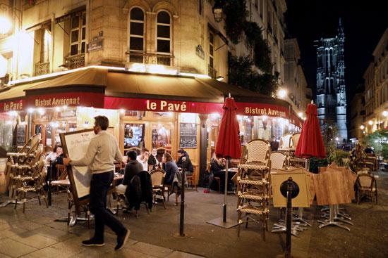 إجراءات حظر التجوال فى فرنسا (2)