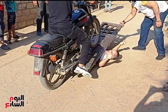 الخارق-تحت-الدراجة-النارية-