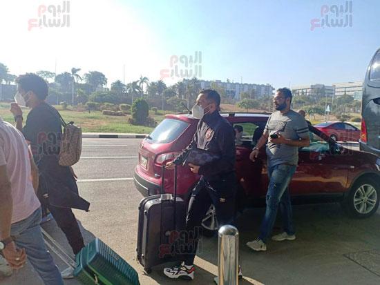 بعثة الأهلى تصل القاهرة قادمة من المغرب (7)