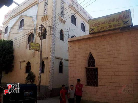اليوم السابع داخل مسجد الإمام المتوفى قبل صعوده المنبر (3)