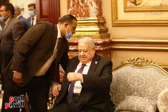 جلال هريدي رئيس الجلسة الافتتاحية للشيوخ (3)