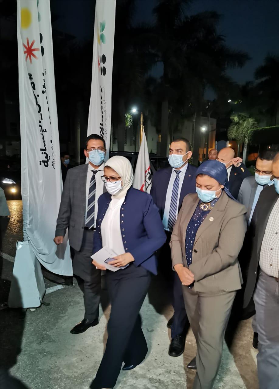 وزيرة الصحة بتلخد الجرعة الثانية من لقاح كورونا