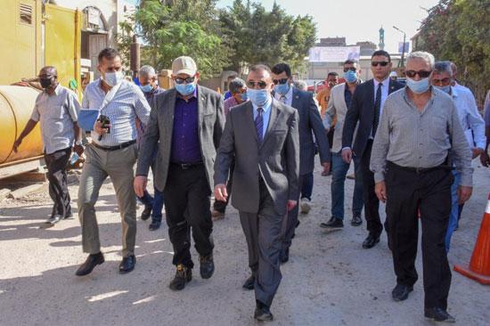 محافظ-الاسكندرية-ورئيس-شركة-الصرف-الصحى