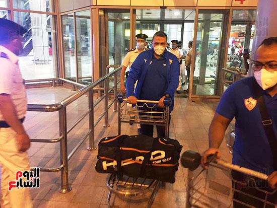 وصول بعثة الزمالك للقاهرة عقب الفوز على الرجاء فى ذهاب دورى الأبطال (2)