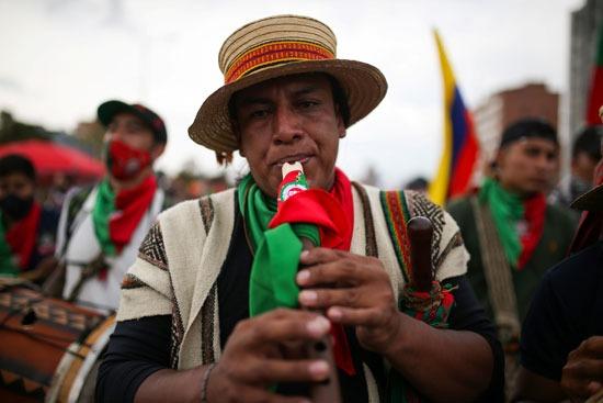 احتجاجات السكان الأصليين فى كولومبيا (11)