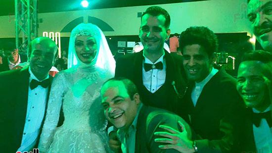 يحتفل الفنان  سليمان  عيد بعقد قران وزفاف نجلته سلمى (2)