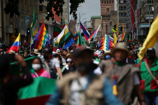 احتجاجات السكان الأصليين فى كولومبيا (1)