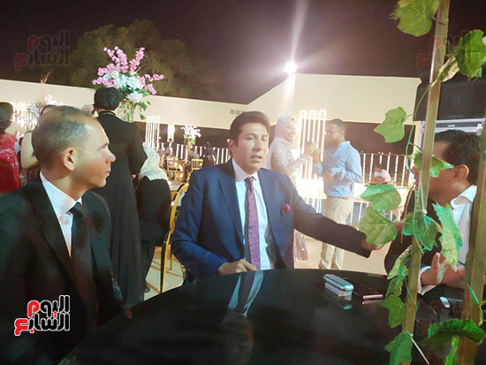 يحتفل الفنان  سليمان  عيد بعقد قران وزفاف نجلته سلمى (8)