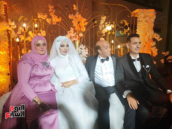 يحتفل الفنان  سليمان  عيد بعقد قران وزفاف نجلته سلمى (11)