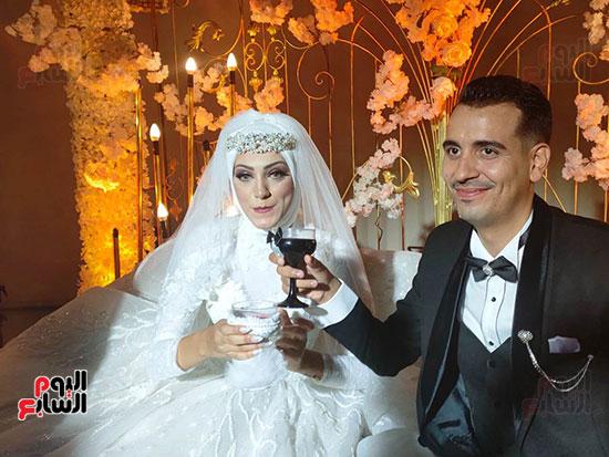 يحتفل الفنان  سليمان  عيد بعقد قران وزفاف نجلته سلمى (12)