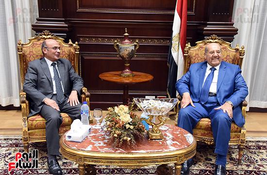 بالصور المستشار عبدالوهاب عبدالرازق رئيس مجلس الشيوخ يسقبل المستشار عمر مروان وزير العدل  ( (5)