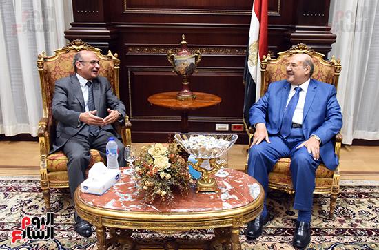 بالصور المستشار عبدالوهاب عبدالرازق رئيس مجلس الشيوخ يسقبل المستشار عمر مروان وزير العدل  ( (3)
