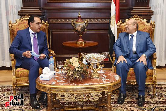 المستشار عبد الوهاب عبد الرازق يستقبل رئيس الوزراء (5)