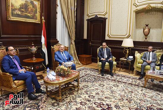 المستشار عبد الوهاب عبد الرازق يستقبل رئيس الوزراء (1)