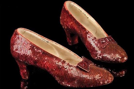 حذاء دوروثي