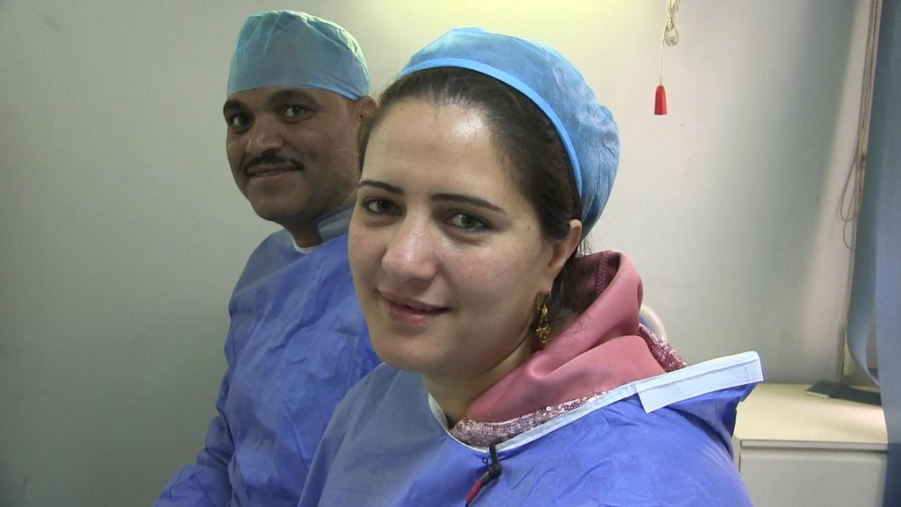 نادية تهدى زوجها الكبد