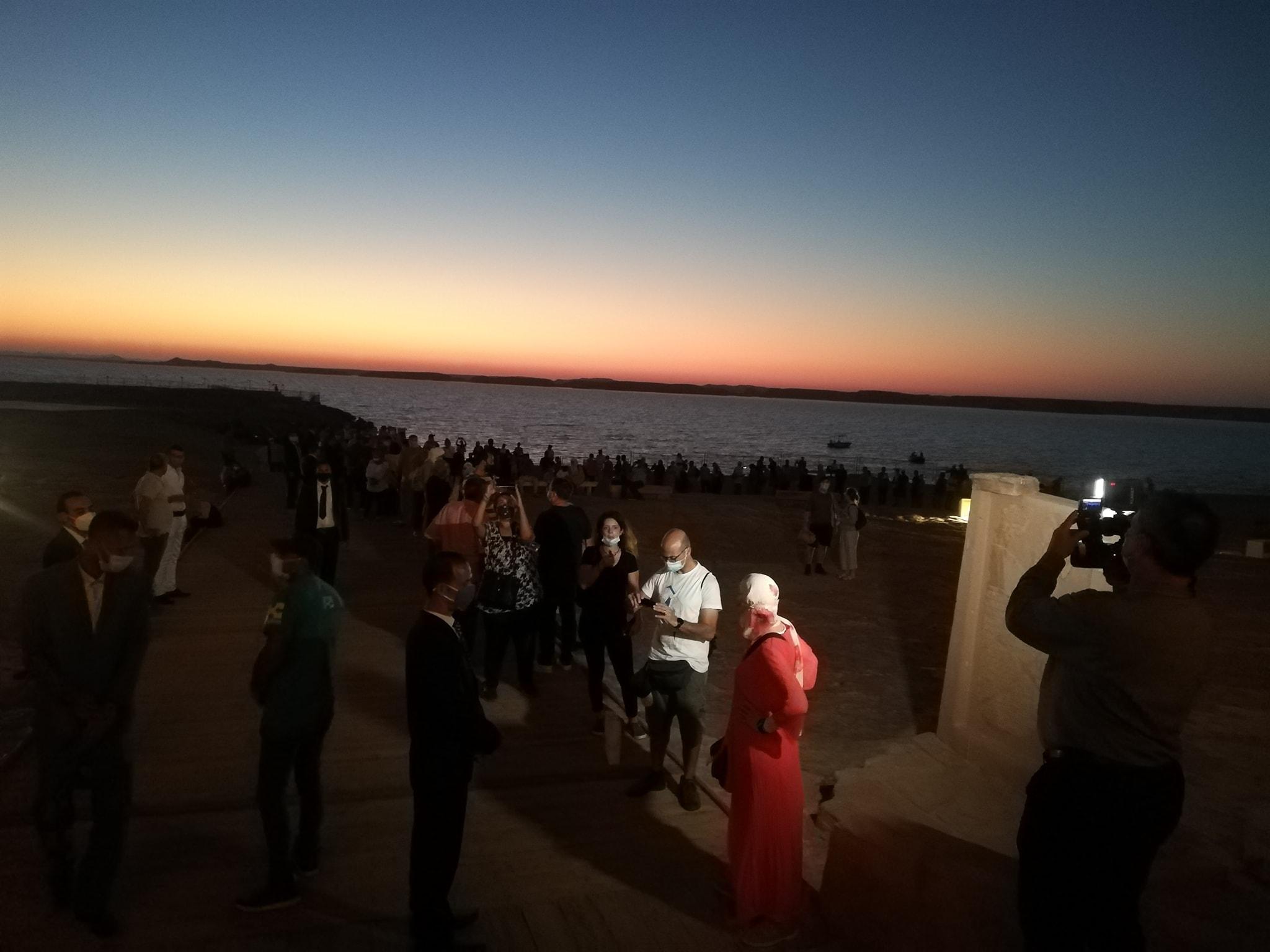 المئات يتابعون تعامد الشمس بأبوسمبل (4)
