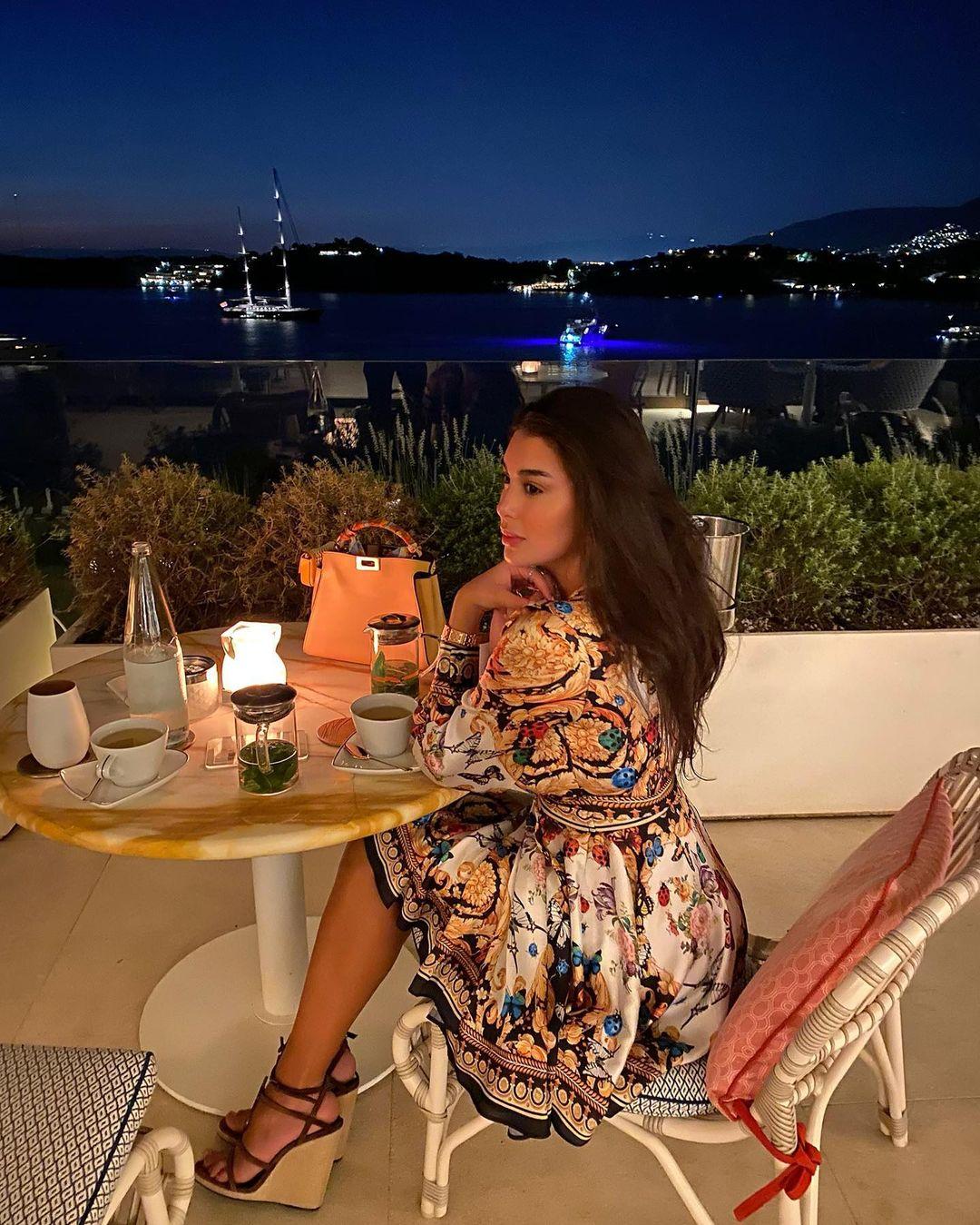 ياسمين صبرى فى اليونان (2)