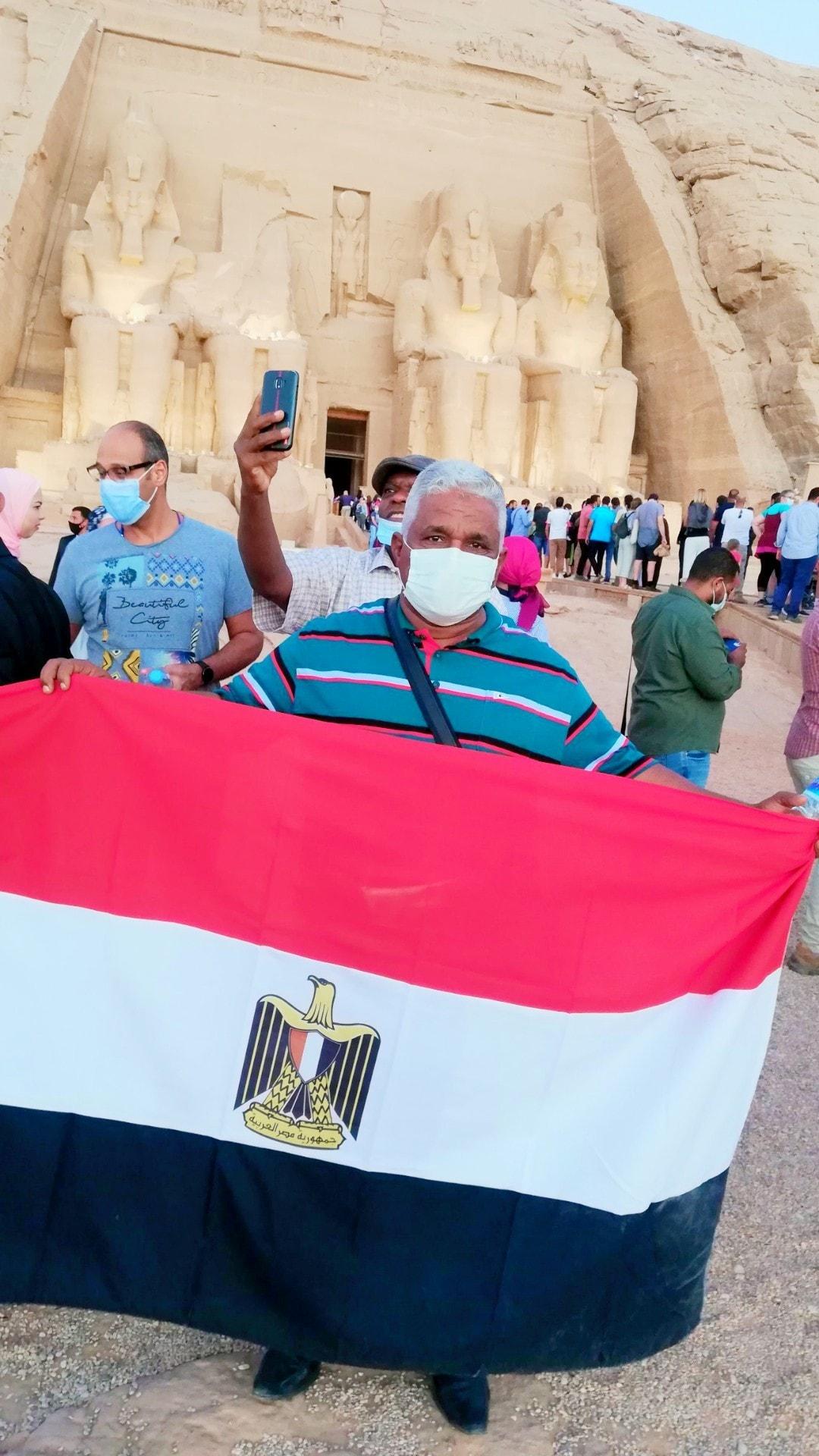 أعلام مصر فى المعبد (1)
