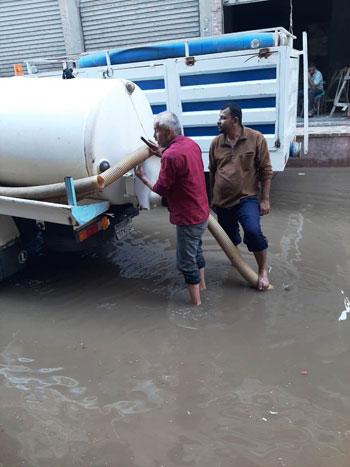 أعمال كسح مياه الأمطار (11)