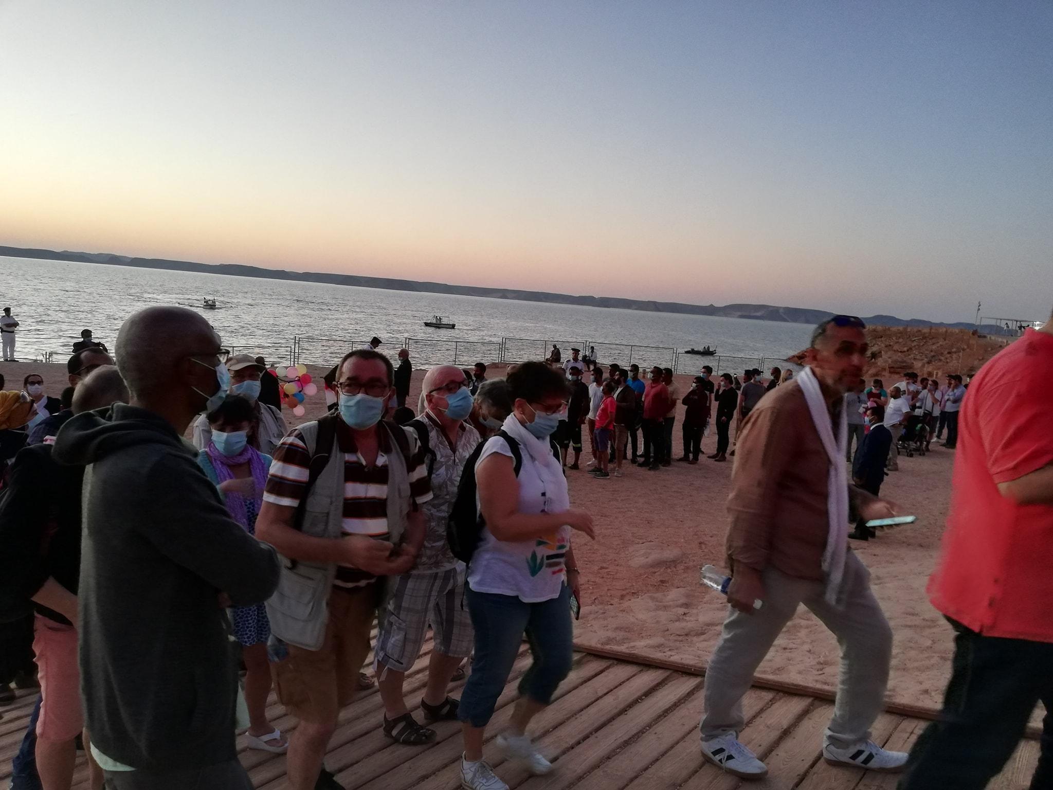 المئات يتابعون تعامد الشمس بأبوسمبل (1)