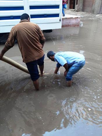 أعمال كسح مياه الأمطار (13)
