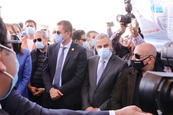 4 من الوزراء فى سوهاج لمتابعة مشروعات برنامج التنمية المحلية لصعيد مصر (37)