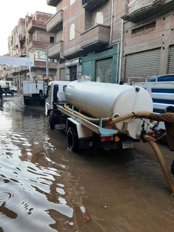 أعمال كسح مياه الأمطار (12)