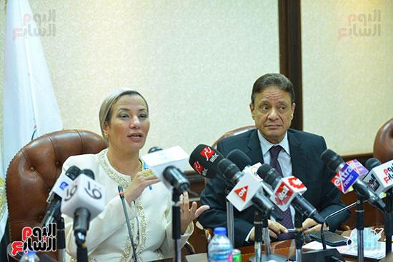 اجتماع وزيره البيئه والمجلس الاعلى للاعلام (13)