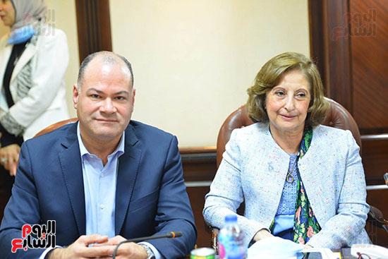 اجتماع وزيره البيئه والمجلس الاعلى للاعلام (1)