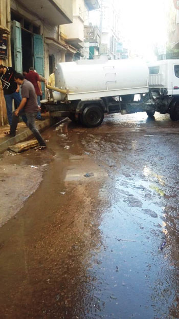 أعمال كسح مياه الأمطار (16)