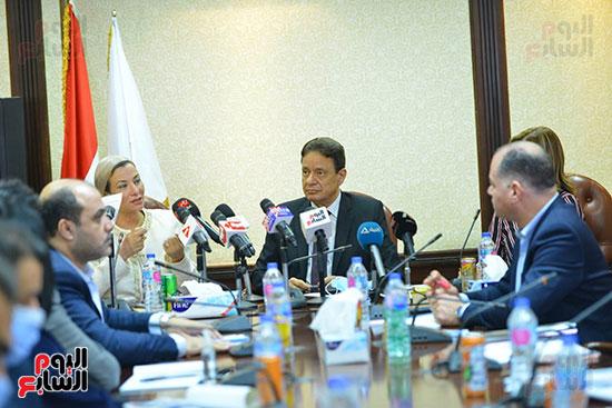 اجتماع وزيره البيئه والمجلس الاعلى للاعلام (10)