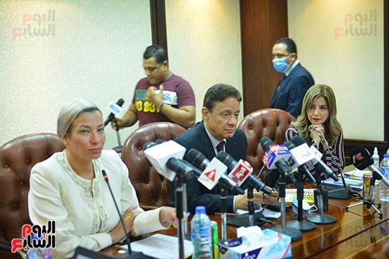 اجتماع وزيره البيئه والمجلس الاعلى للاعلام (11)