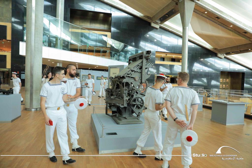 عروض لفرقة الموسيقى العسكرية للبحرية الفرنسية بمكتبة الإسكندرية (1)