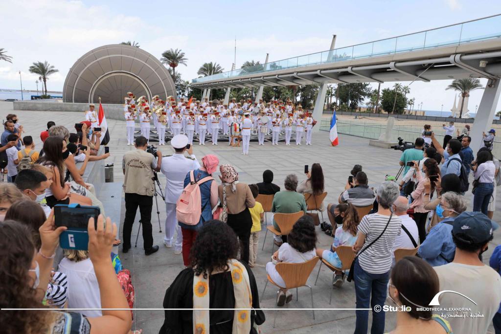 عروض لفرقة الموسيقى العسكرية للبحرية الفرنسية بمكتبة الإسكندرية (2)