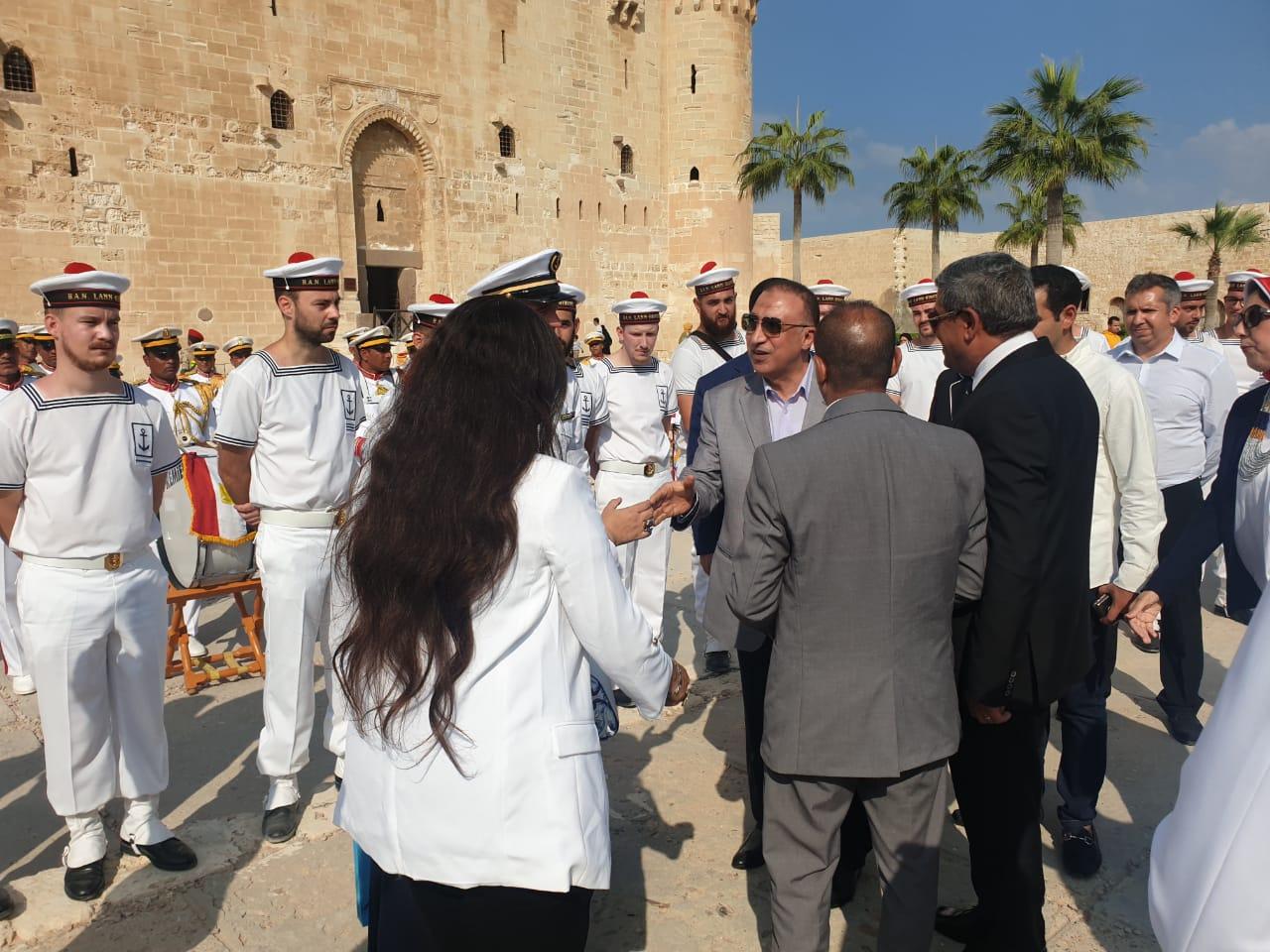 فرقة الموسيقى التراثية للبحرية الفرنسية بقلعة قايتباى (6)