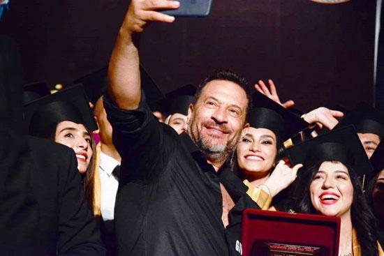 حفل-تخرج-كلية-الإعلام-بجامعة-مصر-2020-(27)