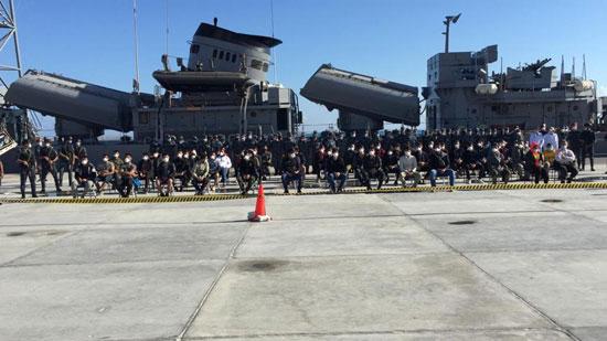 القوات-البحرية-المصرية-تنقذ-مركبا-يرفع-العلم-التركى-فى-عمق-البحر-المتوسط-(4)
