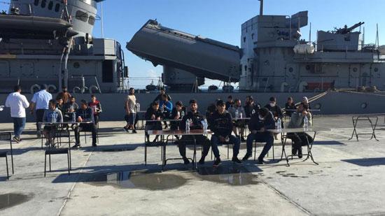 القوات-البحرية-المصرية-تنقذ-مركبا-يرفع-العلم-التركى-فى-عمق-البحر-المتوسط-(2)