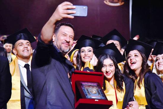 حفل-تخرج-كلية-الإعلام-بجامعة-مصر-2020-(60)