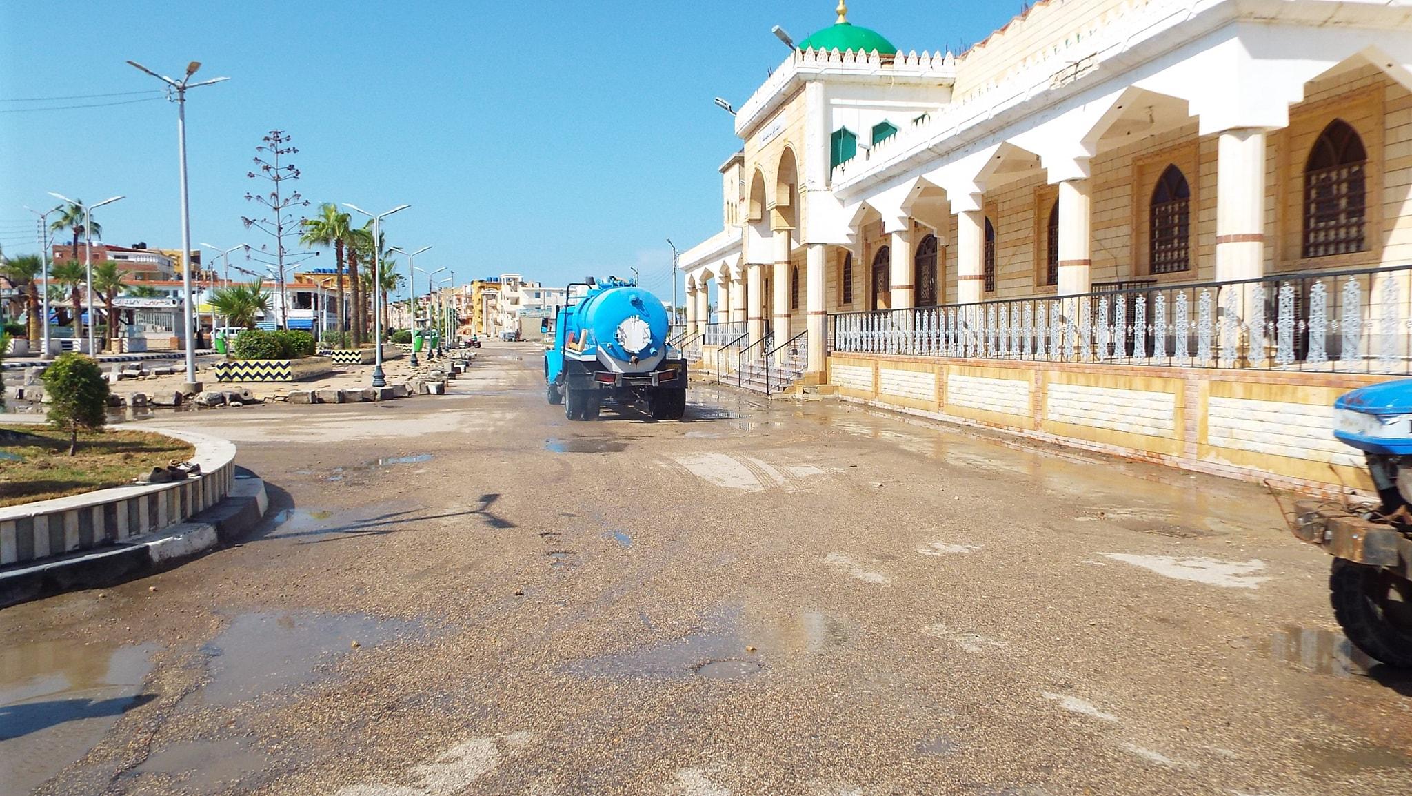 رفع مياه الأمطار من الشوارع  (2)