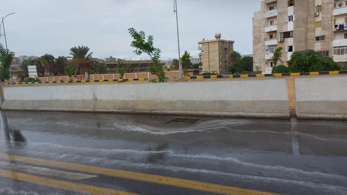 هطول أمطار غزيرة وسط الإسكندرية  (2)