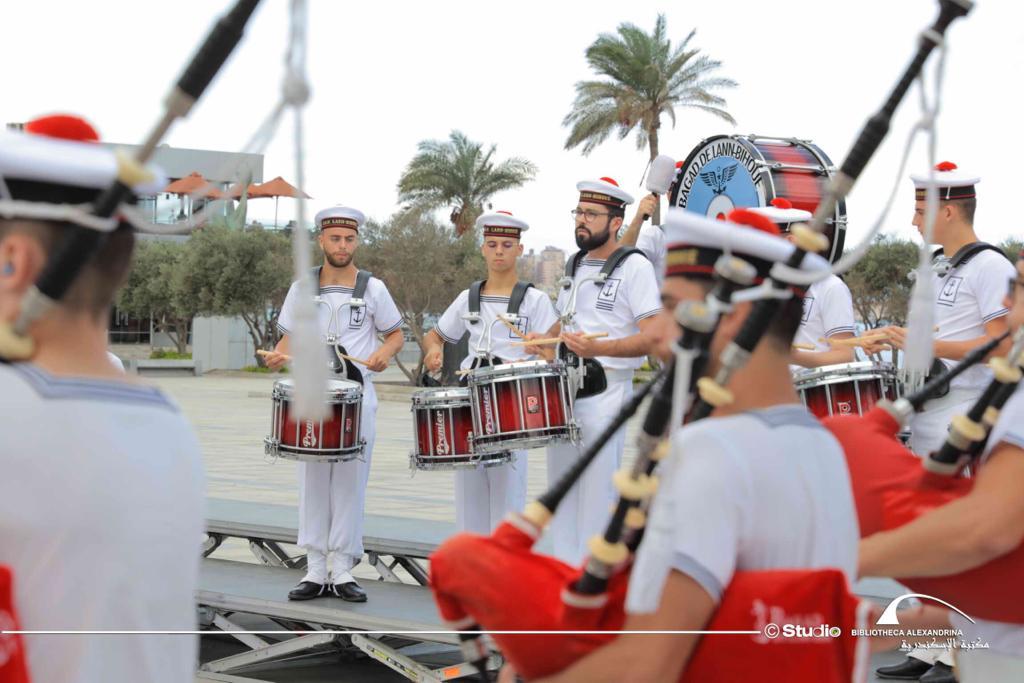 عروض لفرقة الموسيقى العسكرية للبحرية الفرنسية بمكتبة الإسكندرية (6)