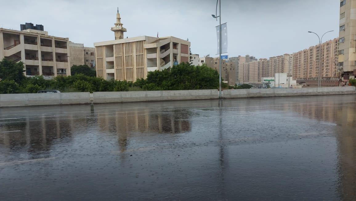 هطول أمطار غزيرة وسط الإسكندرية  (7)