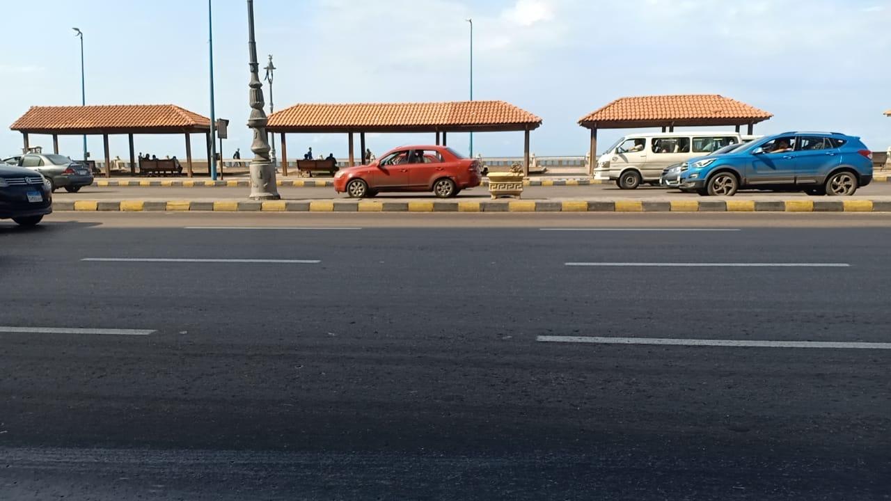 سيولة مرورية على كورنيش الإسكندرية  (7)