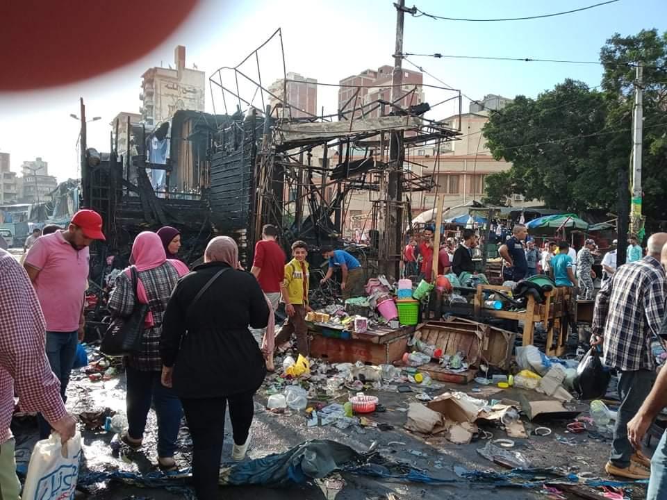 حريق فى سوق محطة مصر بالإسكندرية (1)